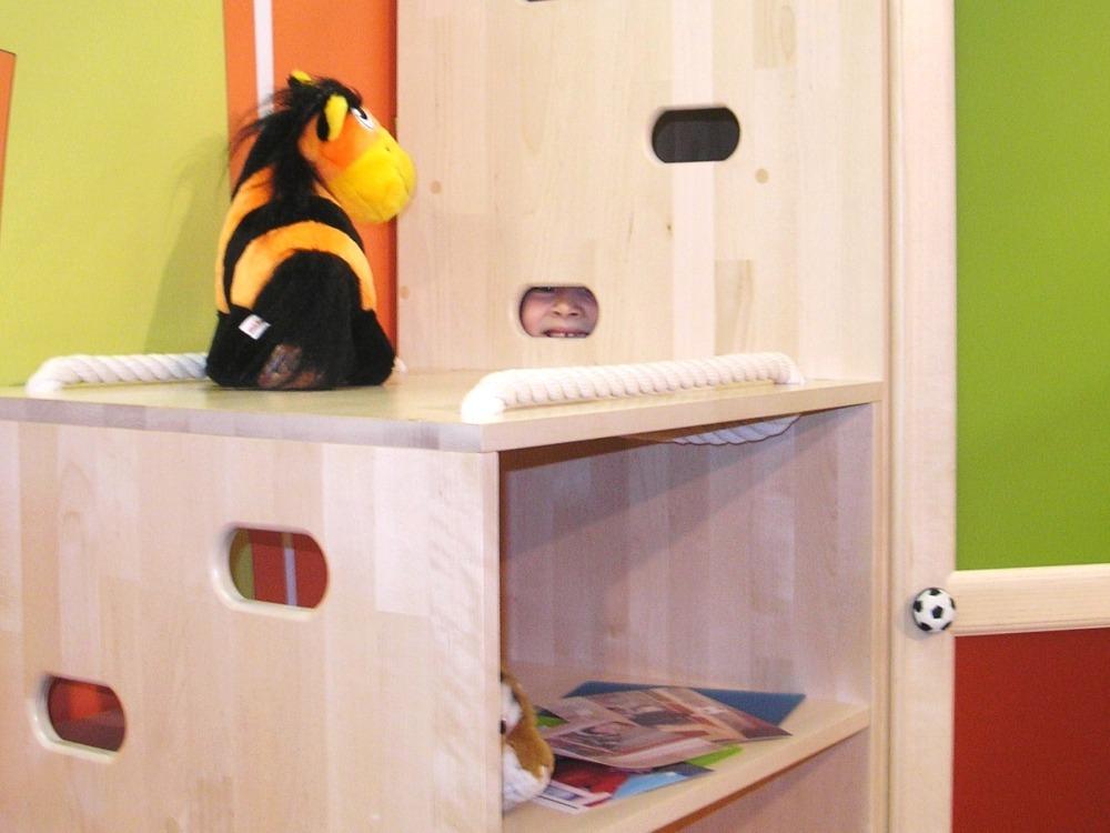 Угловой шкаф от Полосатой Лошадки