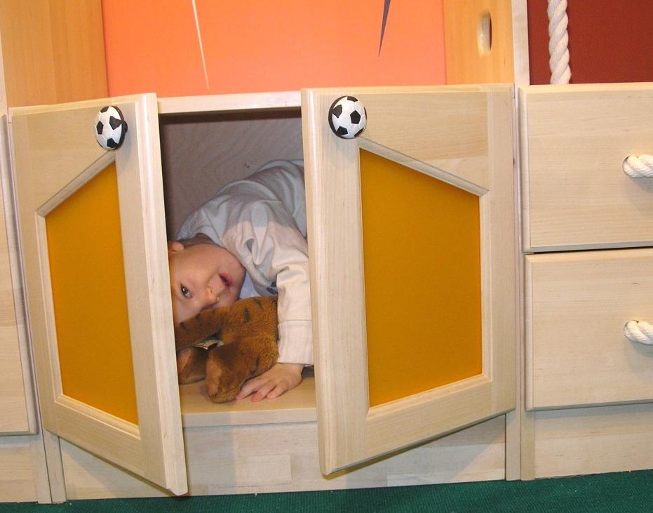 Детская мебель от Полосатой Лошадки